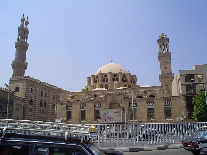 世界最古の高等教育機関は、エジプトで創られたアル=アズハル学院についてのトリビア