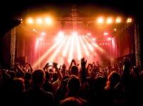 コロナウイルス感染拡大の大阪ライブはどこの会場で行われた?