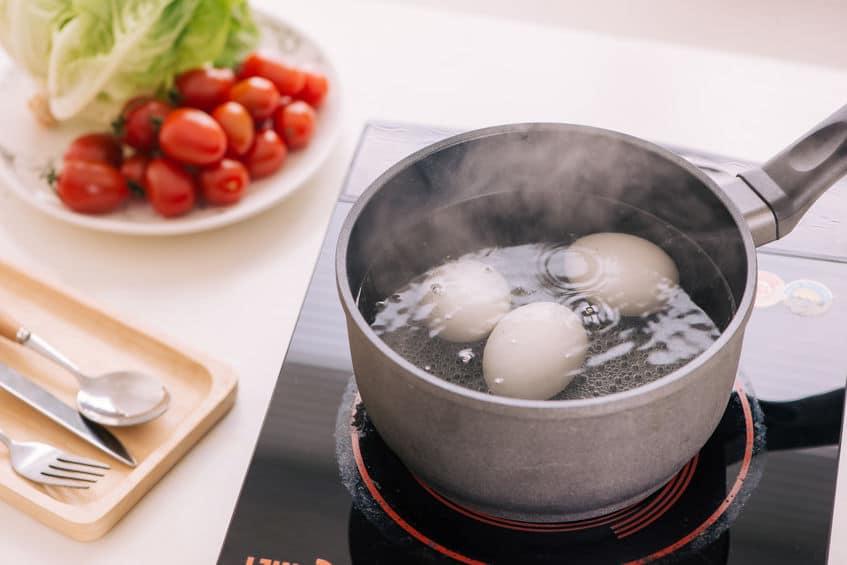 賞味期限を過ぎても卵は食べられる?というトリビア