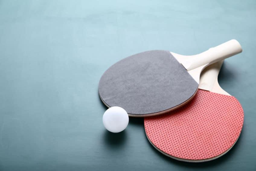 卓球ラケットのラバーの色が赤と黒の理由に関する雑学