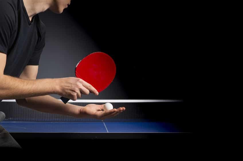 卓球のサーブトスはどれだけ高くあげてもOKという雑学