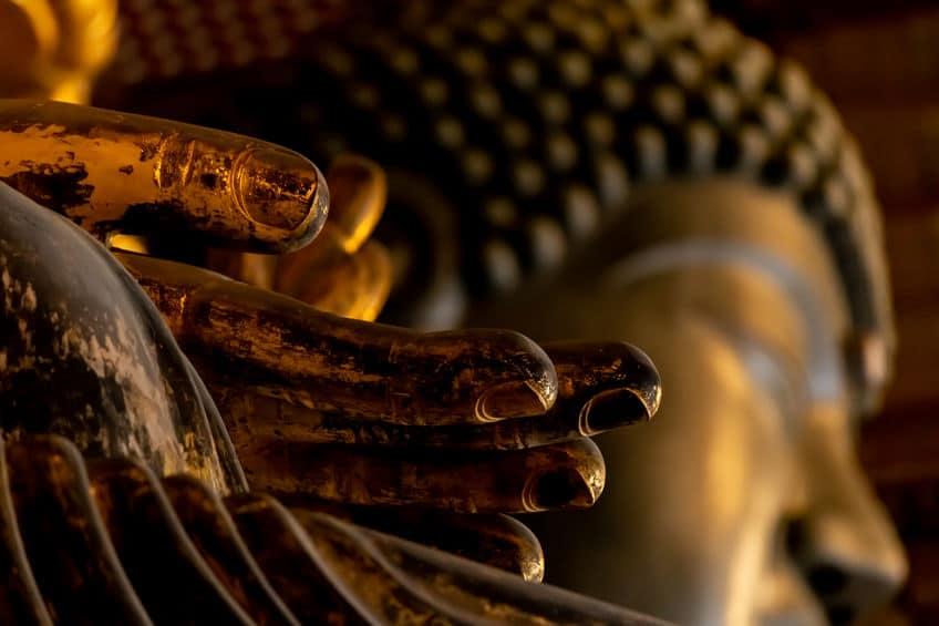 奈良の大仏は造られた当時は黄金色だったという雑学