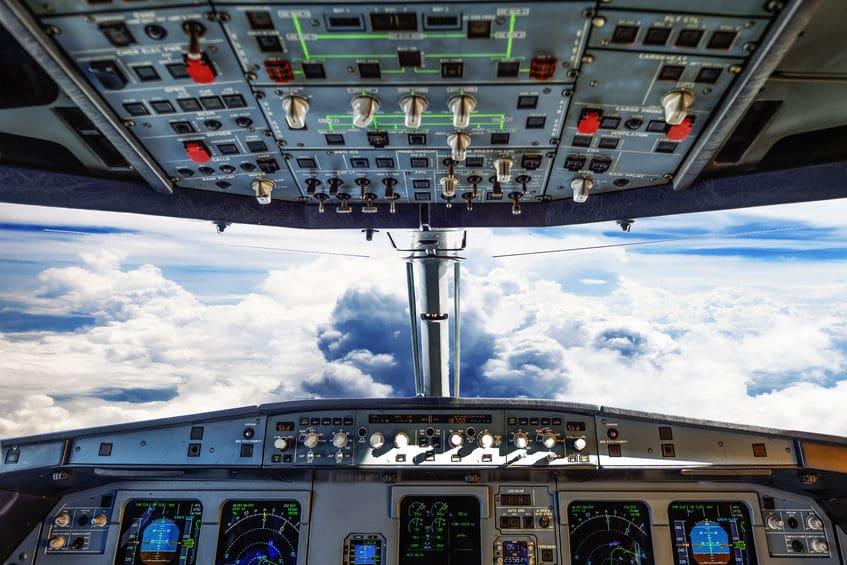 サン=テグジュペリは飛行中に何度も不時着陸を経験していたという雑学