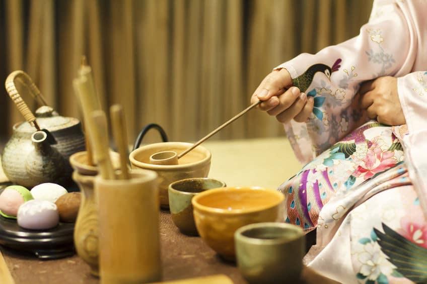 日本の心…。茶道で茶碗を回す理由とは?【動画あり】についてのトリビアまとめ