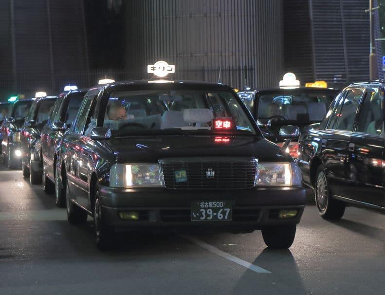 タクシーの深夜料金の理由は人件費についてのトリビア