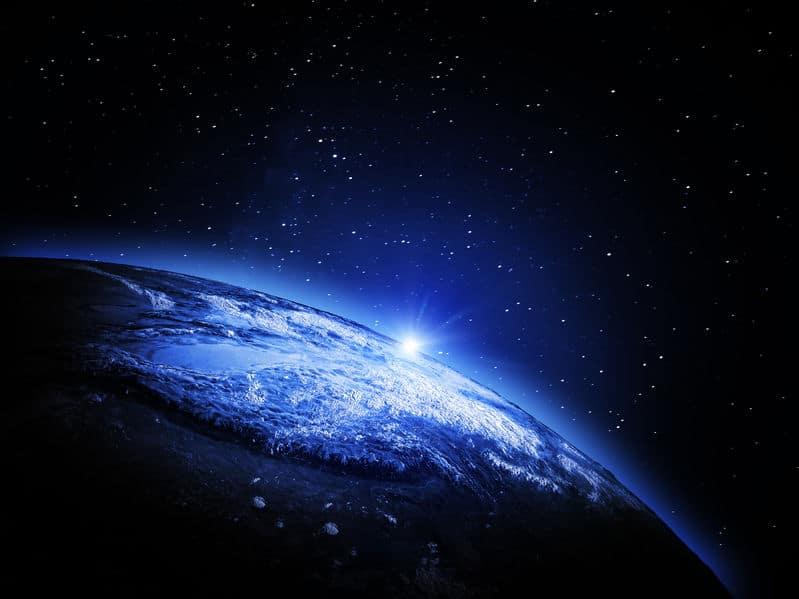 地球が宇宙を移動する速度は時速約10万キロメートル!?についてのトリビア