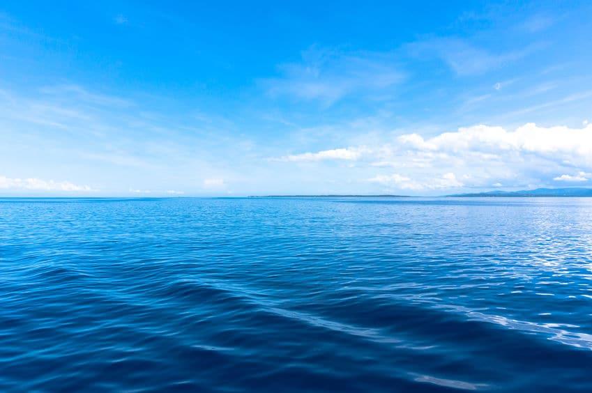 石油を運ぶタンカーは海水を積んでいることがあるという雑学