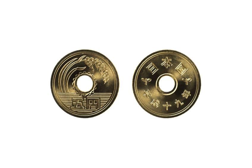 五円玉のデザインに関する雑学