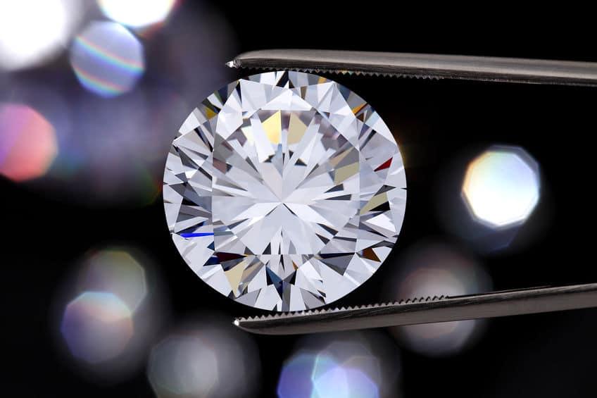 ダイヤモンドを加工するのに別のダイヤモンドを使うという雑学