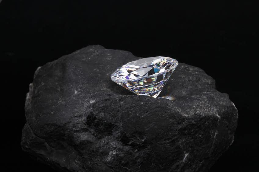 ダイヤモンドの星からダイヤモンドを持って帰るのは可能?というトリビア
