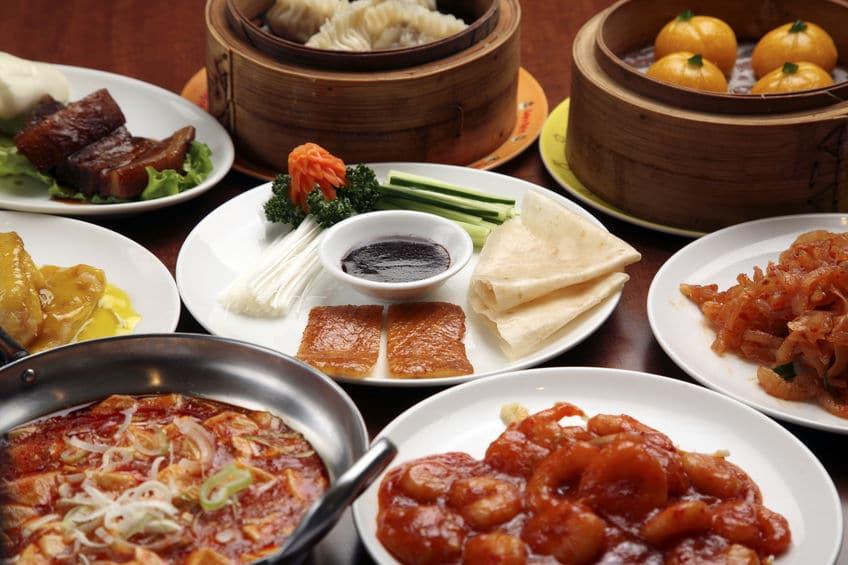 中華料理が大皿で出される理由に関する雑学