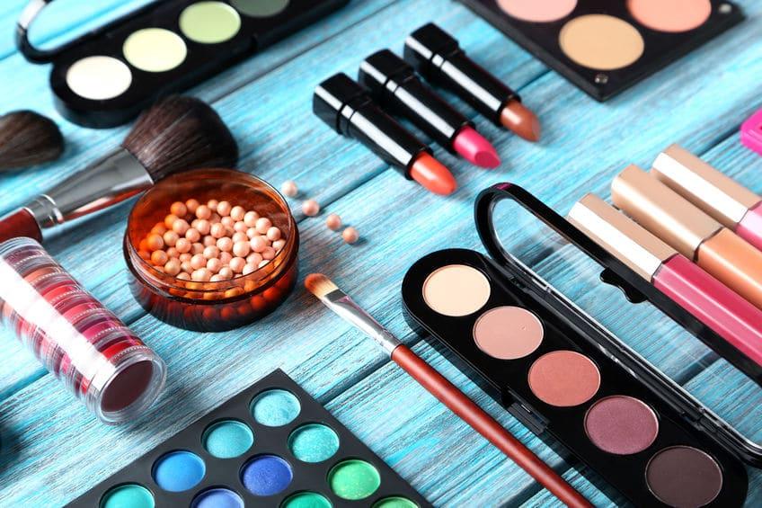 女性の執念を感じる世界の化粧品たちについてのトリビア