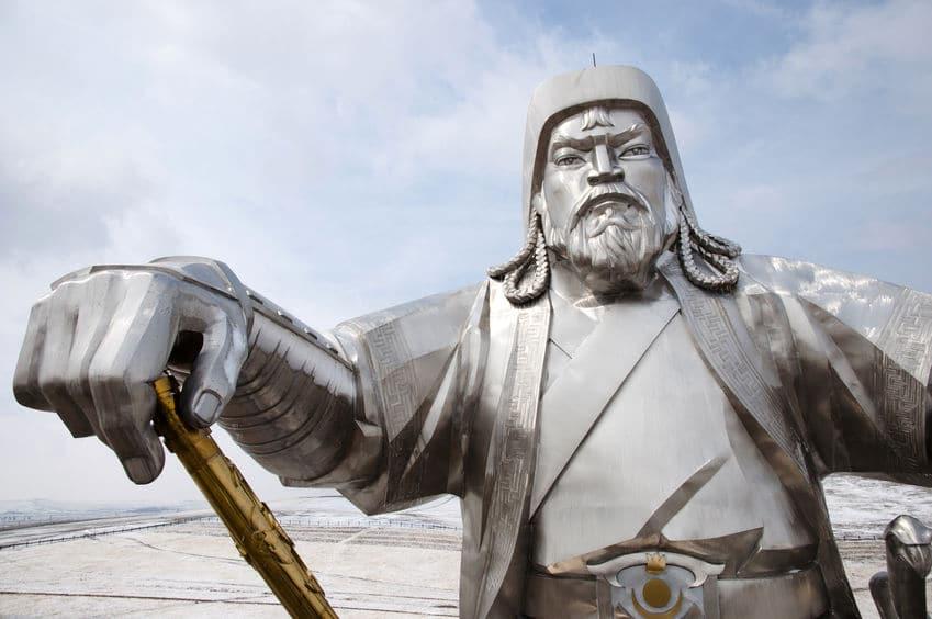 チンギス・ハンはチベタンマスティフを軍用に利用したことがあるという雑学