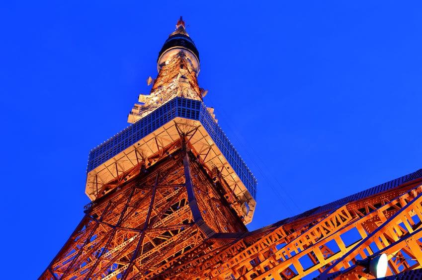 東京タワーの鉄骨には戦車の鉄くずが使用されているというトリビア