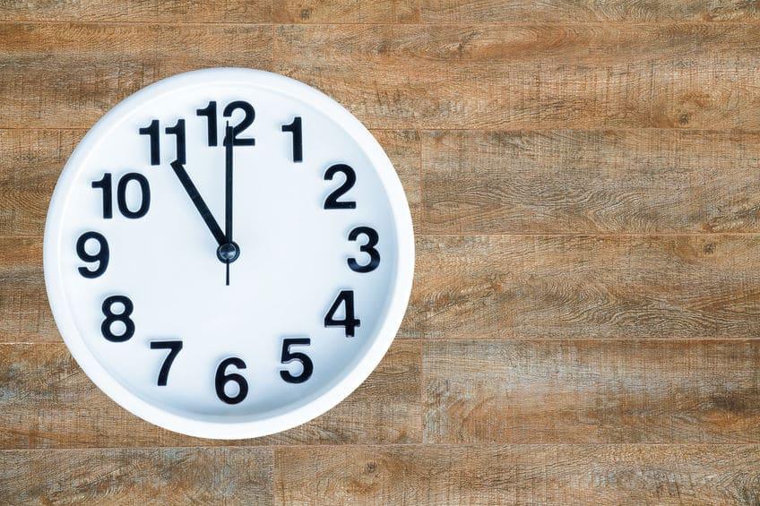 テニスのカウントの由来①時計の文字盤説