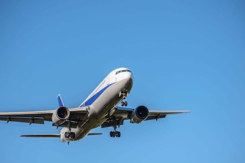 ベスポジなんです。飛行機が高度1万メートルで飛ぶ理由についてのトリビアまとめ