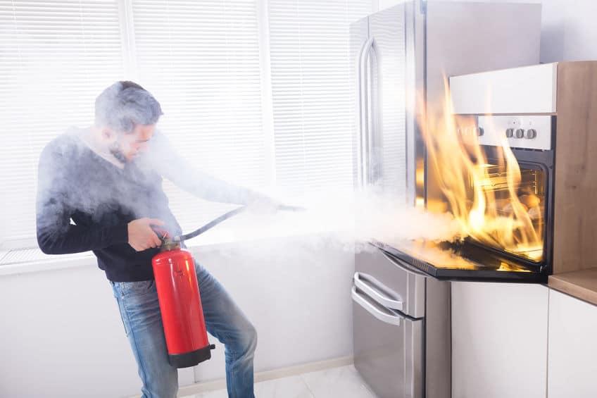 炭鉱火災には簡単に放水消火できないという雑学